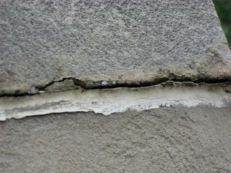 Sealant substrate failure