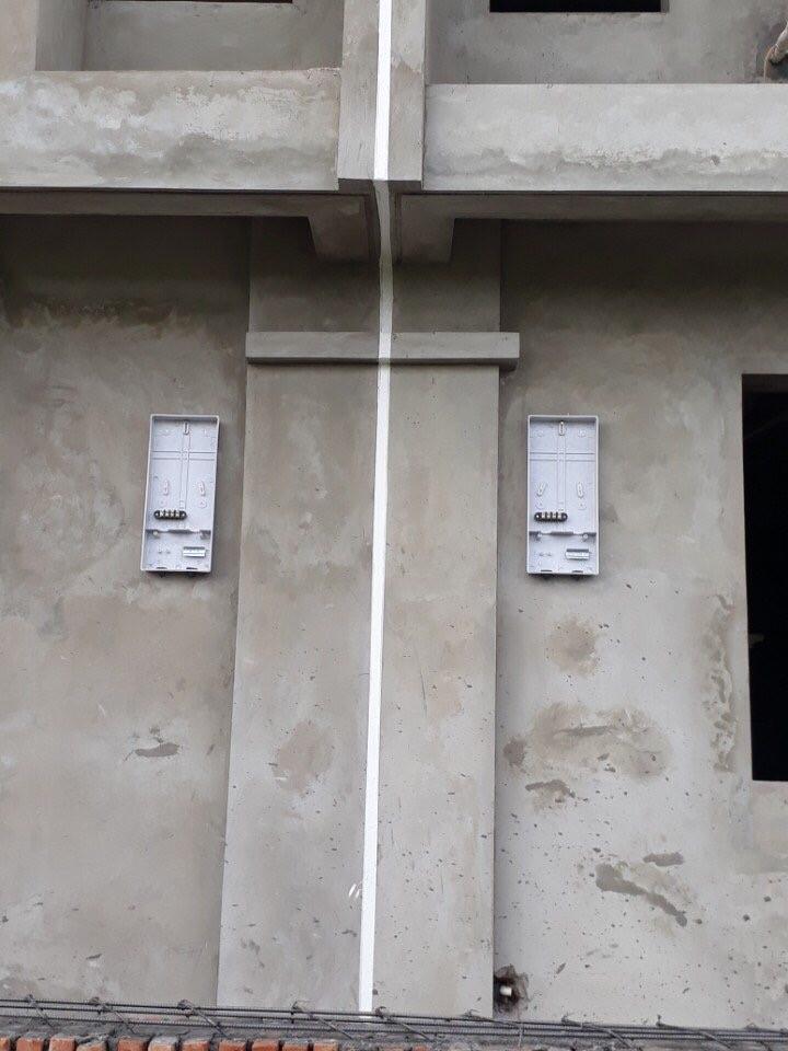 Bơm keo MS sealant chống thấm khe nối nhà liền kề